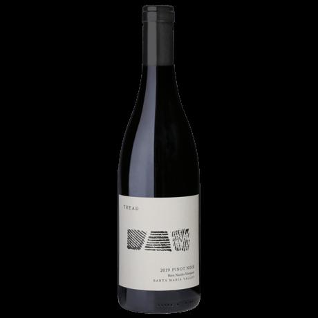 2019-BNV-Pinot-Noir-Bottle-Shot